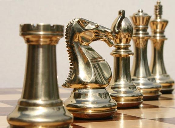 Шахматы (от перс. шах мат